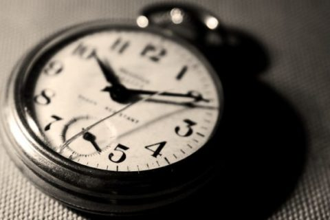 old-classic-clock-wallpaper-hd-620x388